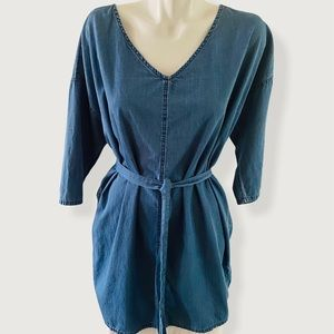 NWOT Old Navy Chambray In Medium Wash Dress